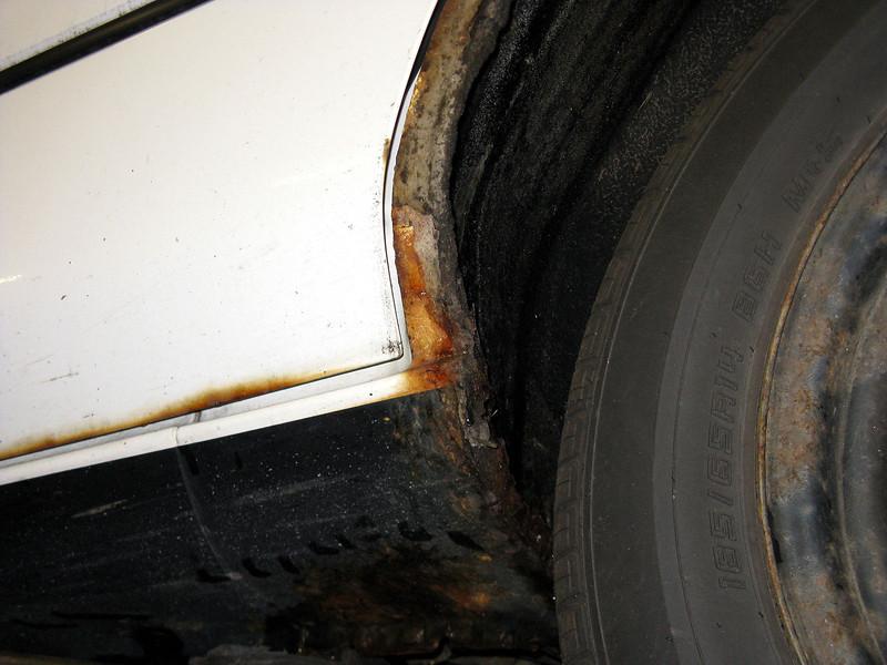Left rear rocker-panel