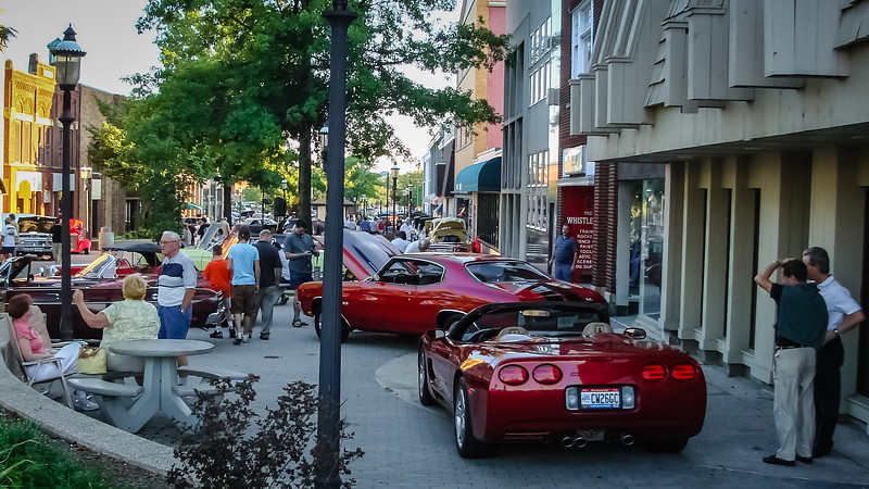 Riverfront Mall Cruise In