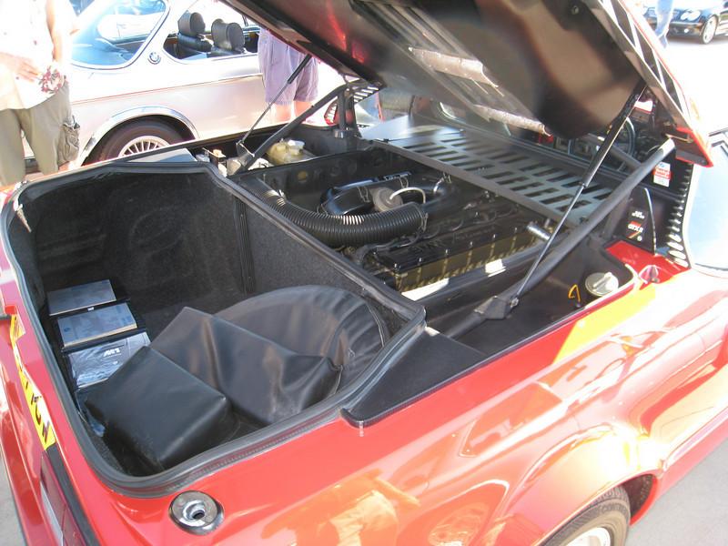BMW M1 engine