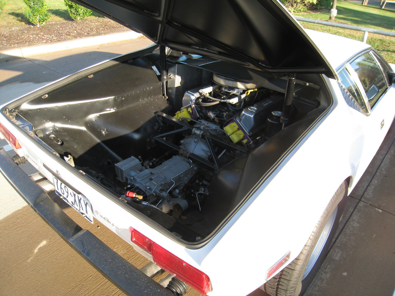 DeTomaso Pantera engine
