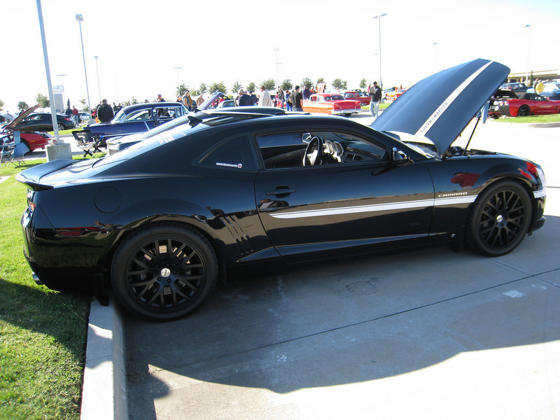 Supercharged Camaro SS with KITT err kit