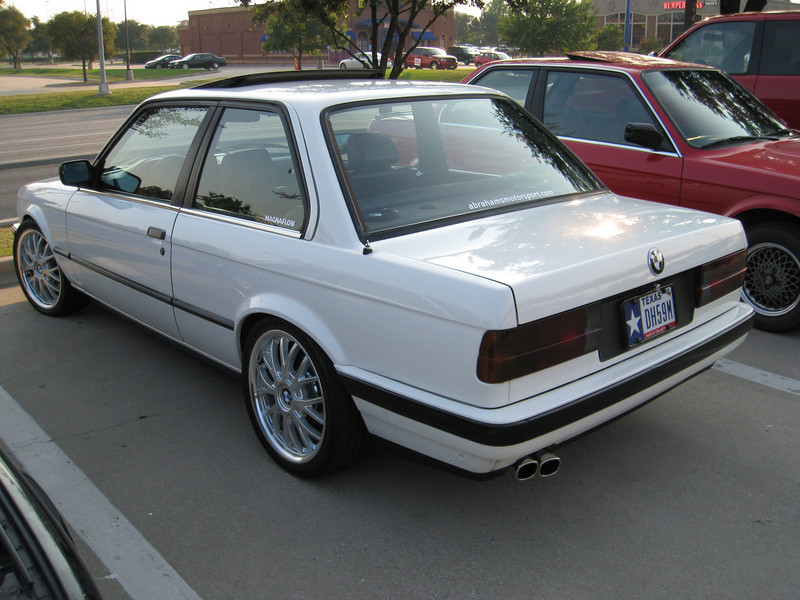 E30 with nice wheels