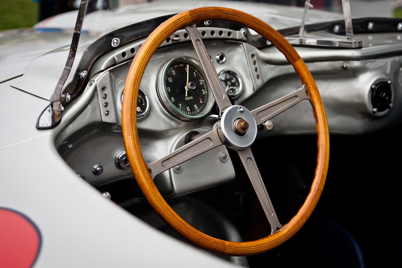 Cockpit of #722
