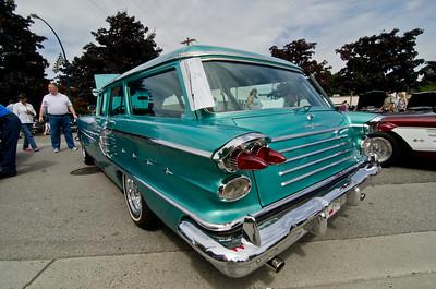 Wonderfully restored Safari wagon.