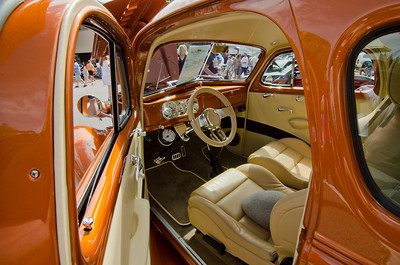 Fine leather interior.