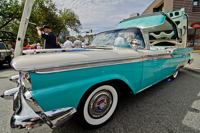 An expertly restored 1959 Ford Skyliner.