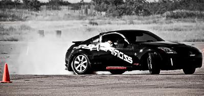 Rich drifting his Nissan 350Z (AZCovergirls, 350zMotorsports.com)