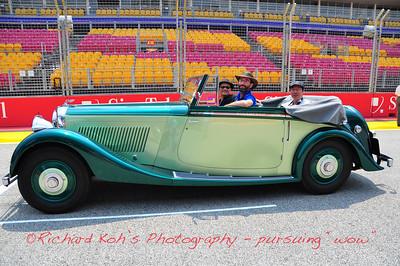 Bentley At F1 Race