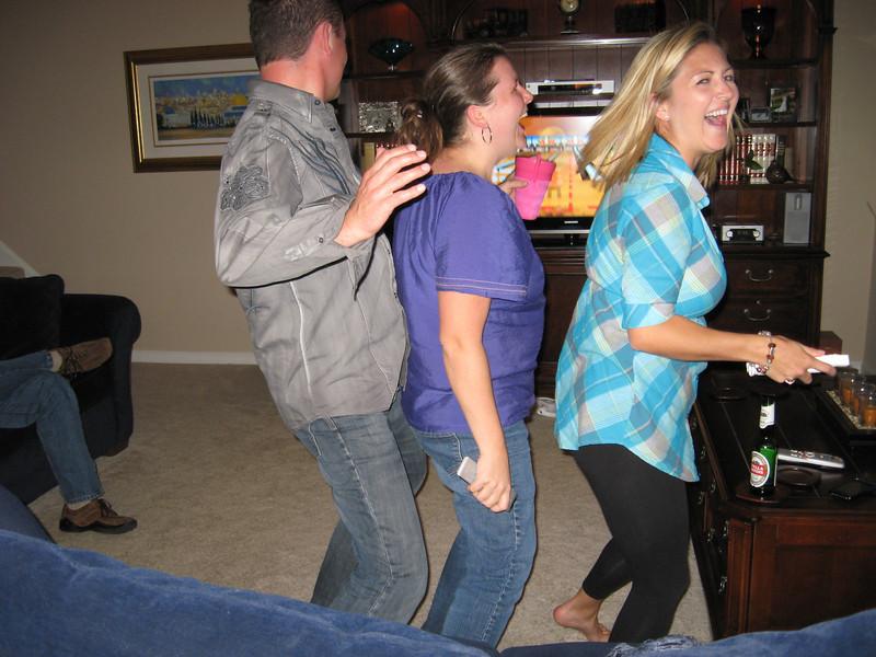 Impromptu dance line!