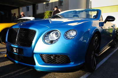 Bentley - Cars & Coffee, Brisbane. Saturday 3 June 2017. Photos by Des Thureson - http://disci.smugmug.com