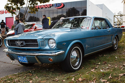 Ford Mustang - Cars & Coffee, Brisbane. Saturday 2 September 2017. Photos by Des Thureson - http://disci.smugmug.com
