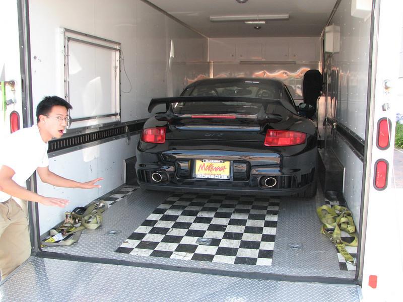 2008 05 28 Wed - Ben Yu about to steal a Porsche 911 Carrera GT2