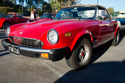 Fiat 124 Spider - Cars & Coffee, Brisbane. Saturday 5 August 2017. Photos by Des Thureson - http://disci.smugmug.com