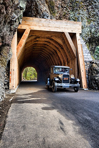 Model A at Oneonta Gorge Tunnel  | Sigma 10-20mm f/4-5.6 EX DC HSM