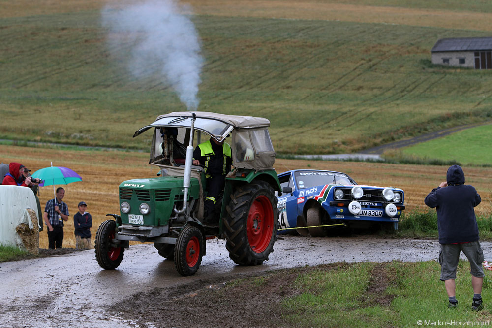 Ford Escort RS1800 - Darrell Tayler GB towed by a Deutz @ Eifel Rallye Festival Germany 28Jul12