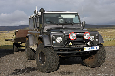 Land Rover Defender 110 icelandic style @ Hrauneyjarfoss Iceland 18Jul09
