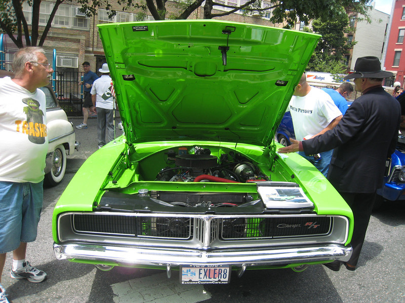 Charger, front