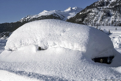 VW Golf in real winter conditions @ Samedan Switzerland 23Dec91
