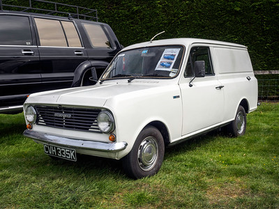 1972 Bedford HA 110 Van