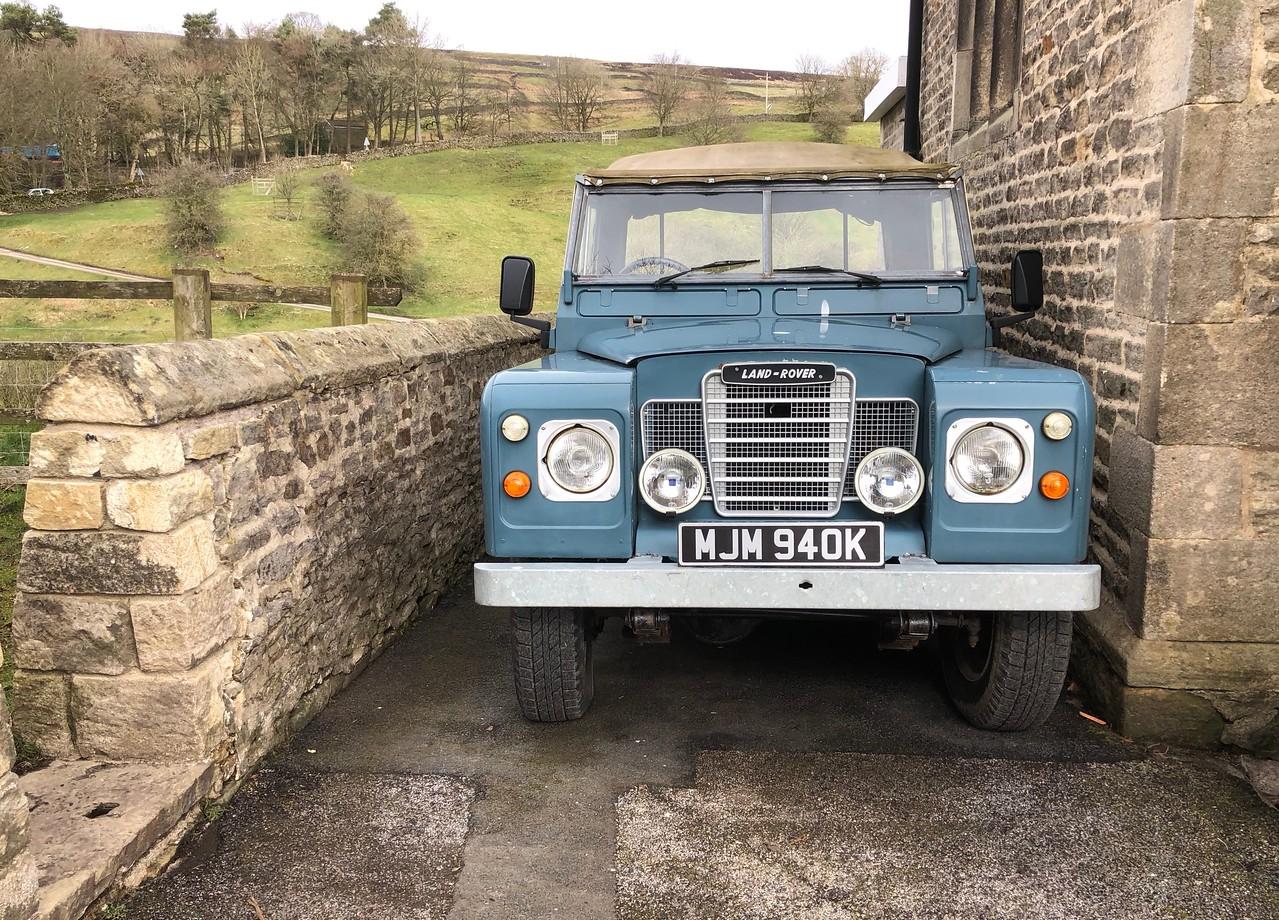 """1972 Land Rover 88"""""""
