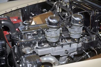 WJ8V2045