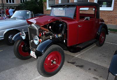 2010_0002_Peugeot201_20100611_2408