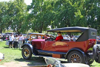 A 1922 Stanley Steamer