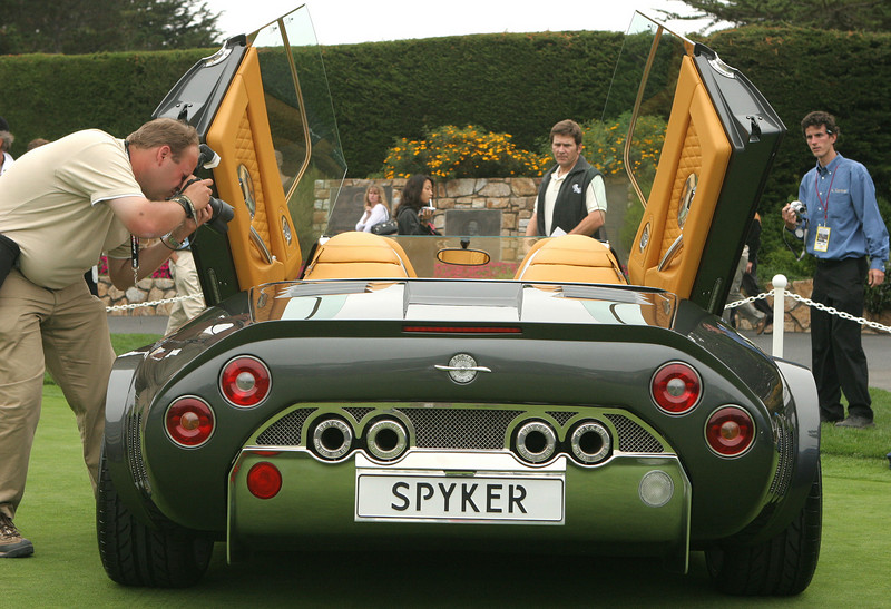 Spyker C12 LaTurbie attracts lots of attention