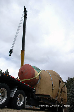 Getting the crane in position for the 34 ft long bun with its 42 ft long weenie.