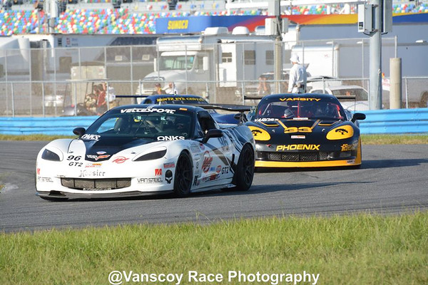 Corvettes at Runoffs 2015