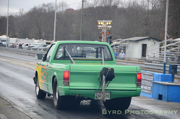 I 40 Dragway http://byrdphoto.smugmug.com/Cars/I-40-Dragway/October-2012-Bounty-Race/26191134_DtzhVN