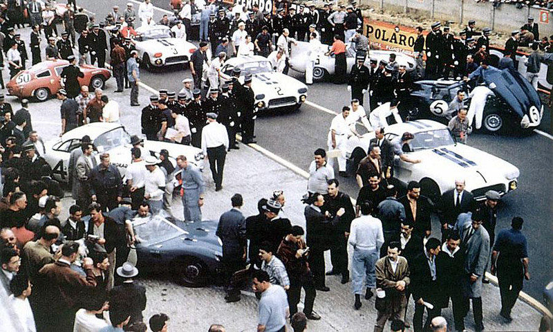The three 1960 Corvettes entered by Briggs Cunningham at Le Mans.The three 1960 Corvettes entered by Briggs Cunningham at Le Mans.