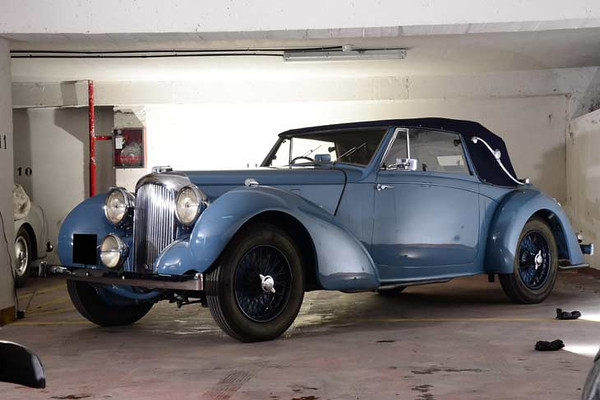The ex-Briggs Cunningham, believed 7,538 miles from new 1939 Lagonda V12 Drophead Coupé. It was just before the Second World War that Cunningham ordered the very special Lagonda V12. It was completed in October 1939 at a cost of $8,675.