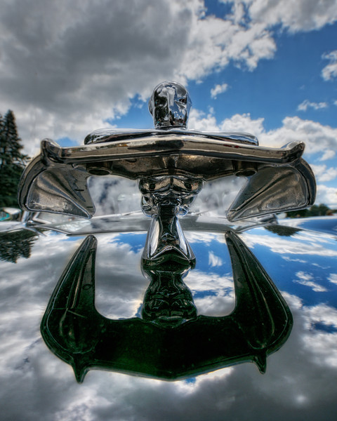 1955 Nash Metropolitan Hood Ornament Head On