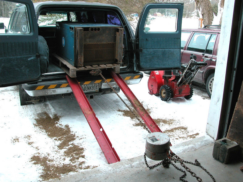 This is the ramp setup I used to drag the TIG out of the Suburban.  The chainfall is connected to...