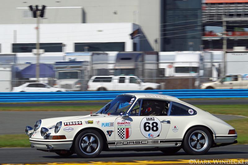 A-5 Alan Benjamin/Barry Waddell/Robert Ames 68' Porsche 911 T/R