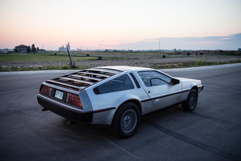 DeLorean-1235