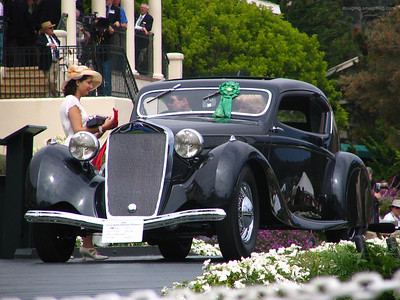 On the ramp, winning second in the 1925-1939 European Closed coachwork class.