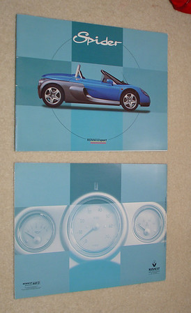 Brochure - Renault Sport Spider. Official Renauilt brochure, 28 pages. French & English. New (NOS) $40.00 USD