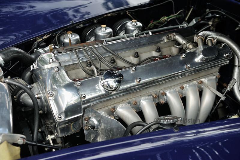 Jaguar XK6 engine