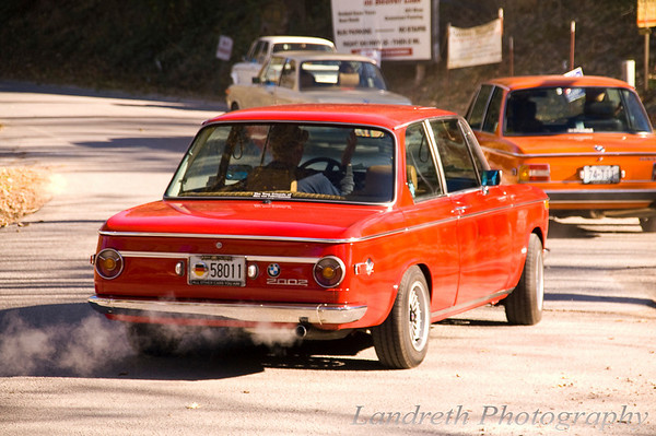 We stumbled across a BMW 2002 drive.  Shane in his 335i about left us, saying he'd feel more at home with them.<br /> bmtfall2010_PICT3908