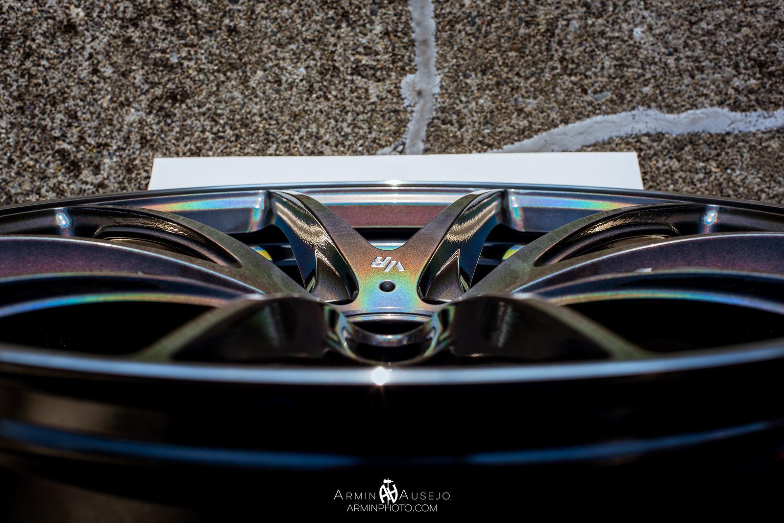 Volk Racing G25 in Dark Prism concave close-up