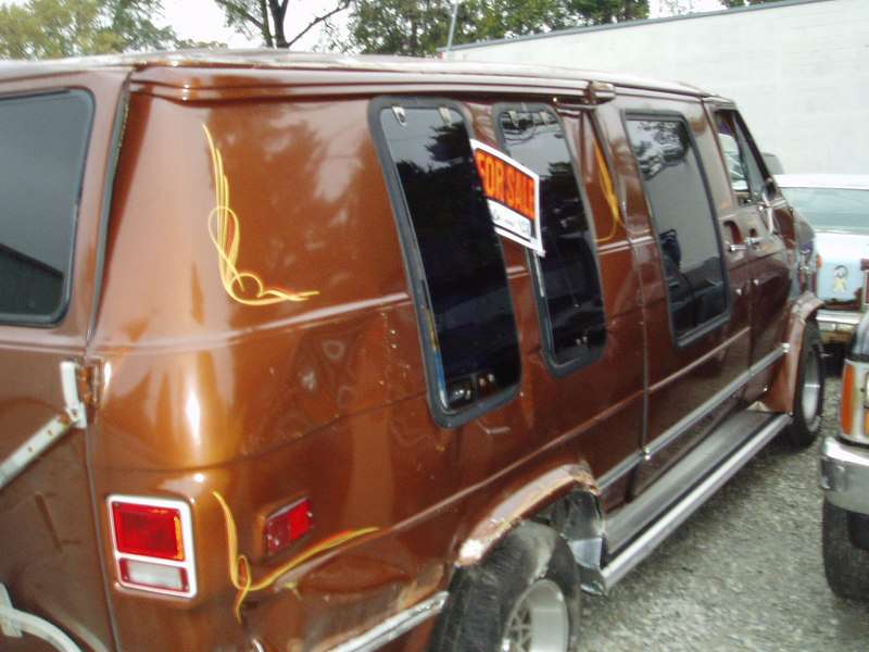 Van for sale; REAL CHEAP