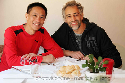 Maurice has lunch with Davide, a mechanic for the Cliente Corso program.
