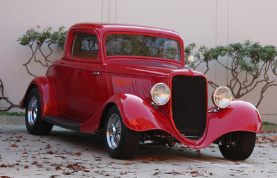 1933 Ford 3-window coup hot rod