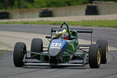 3rd Steve Myers Van Diemen RF00