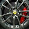 Front brakes, Carbon Ceramic disc's.