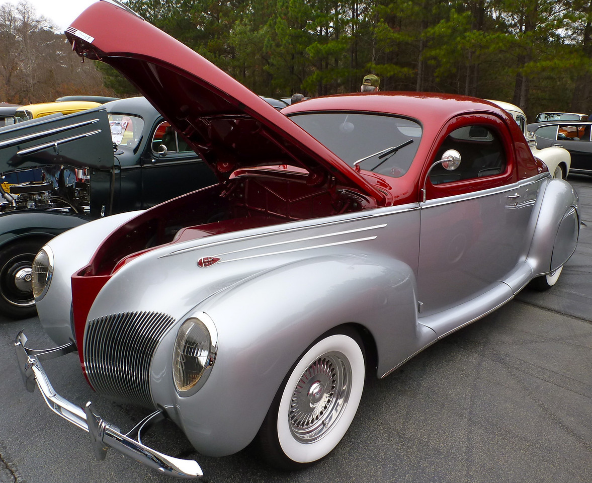 Trophy awarded for<br />  :MOST LIKELY TO BE ON A KID'S WISHLIST<br /> <br /> 1939 Lincoln Zephyr Coupe owned by Alvin Hill