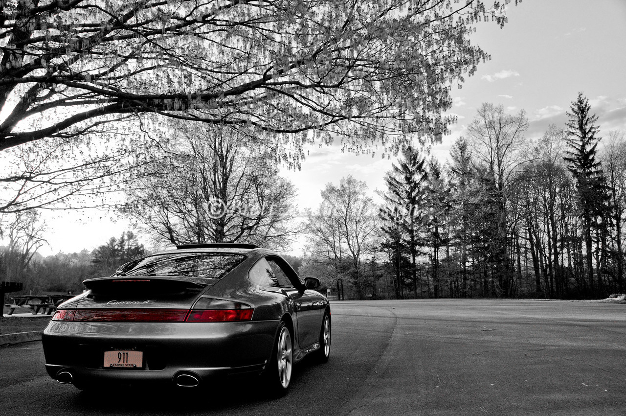 Porsche 911 C4S - Black and White/Selective Color