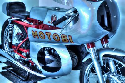 Motobi Pesaro cafe racer